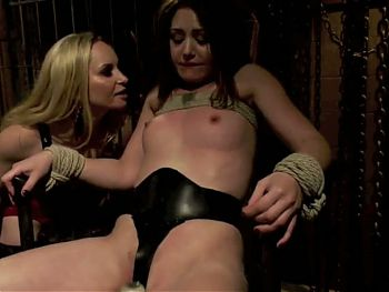 Spy on a mistress brings trouble (2on4) OtO