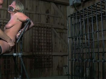 Intense Moments for a SlaveGirl (4on4) OtO
