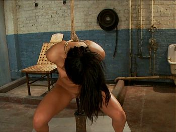 training brunette 3