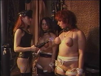 BDSM threesome action
